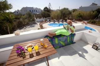 anna-naxos-facilities