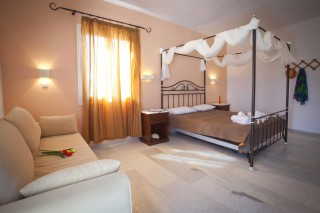 anna-rooms-naxos