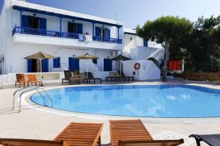 anna-studios-naxos-pool