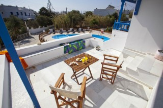 anna-swimming-pool